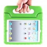 真山景子さん愛用の自立タイプの【iPadケース】色はグリーン♬梨花ちゃんちとお揃いだねっ♬