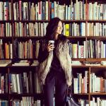 VERY専属モデルで二児の母クリスウェブ佳子さんオススメの書店は【Totodo/ToTo堂】近所にこんな本屋さんがあったらウレシイな。インテリアの参考になりそうなオシャレな古書店!