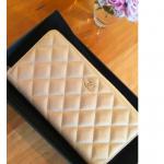 友利新さん春財布で金運UP![CHANEL シャネル]ゴールドの財布で2015年開運!