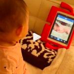 優木まおみサン>娘ちゃん用iPadケースが可愛い!赤くて手足が付いてる!(笑)持ち手が使いやすそう!