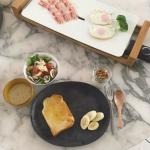 オシャレ番長☆小泉里子さん素敵すぎる食卓>>キッチングッズまとめ卓上ホットプレート家電、夕食朝食メニューなど