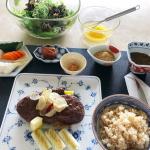 市川海老蔵さんちの食卓>>朝ご飯メニュー&愛用食器/皿