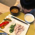 海老蔵さんちのオシャレ食器>>箸置き付きプレート皿